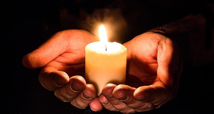 Ritual amb espelmes